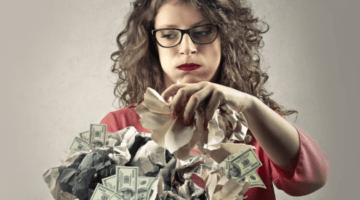 женщина, деньги, мусор