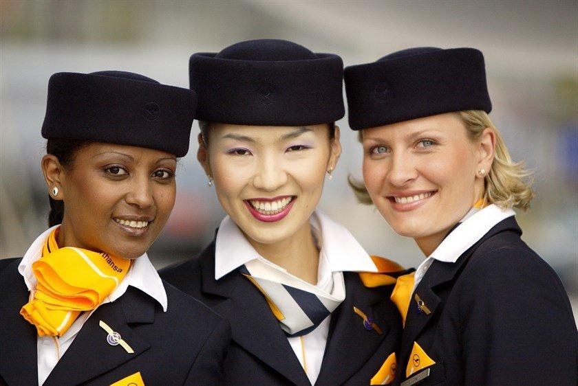 стюардессы, разные национальности
