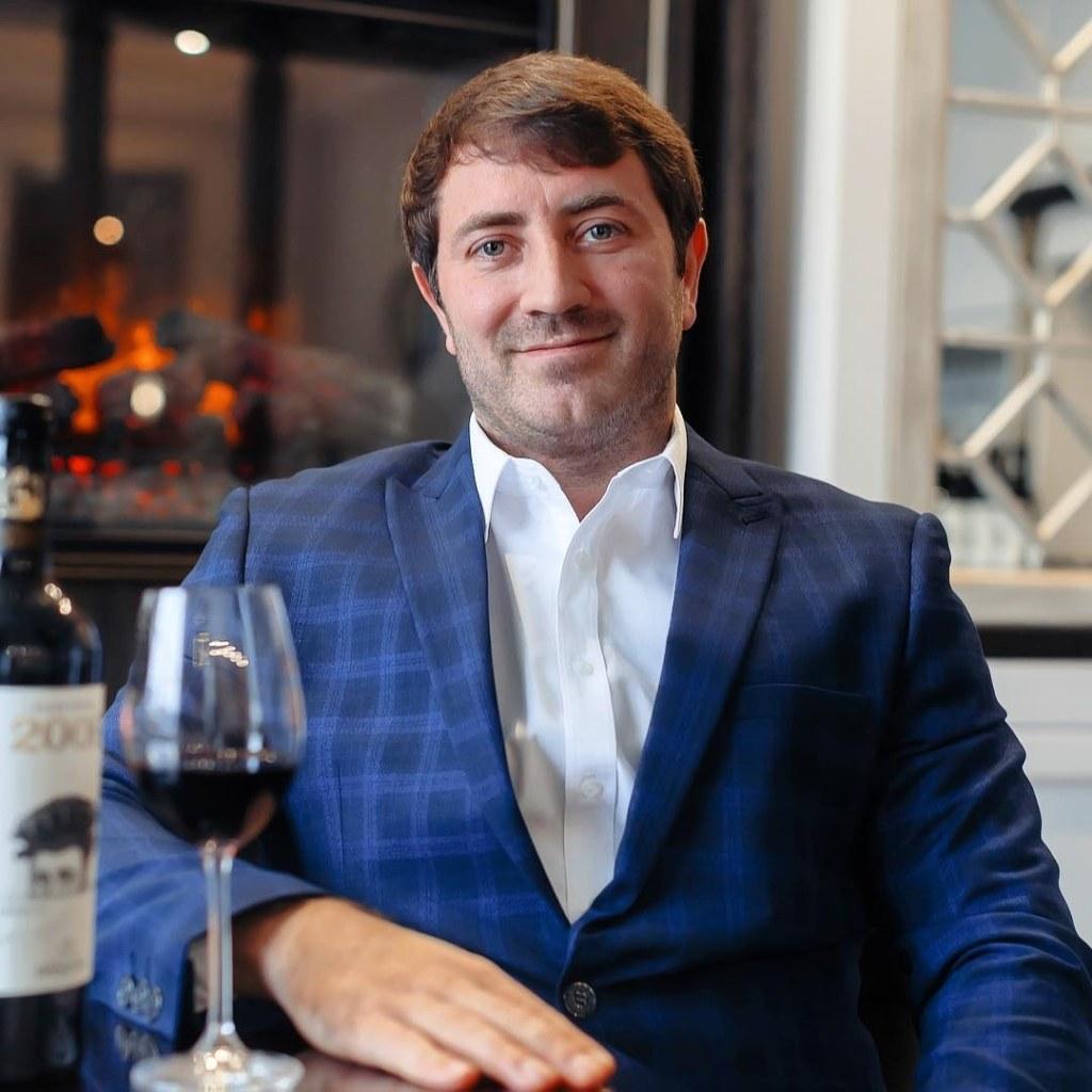 Денис Кирмичи, владелец алкогольного холдинга Denovie group: