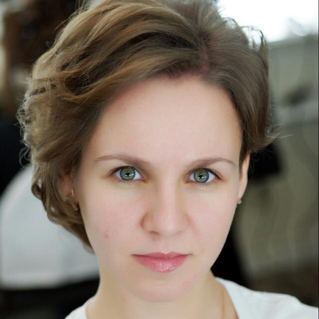 Yana Drobot