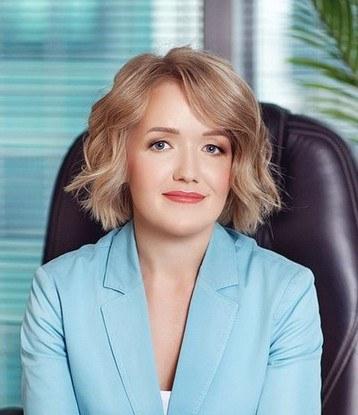 Светлана Сурина, начальник управления по развитию розничных банковских продуктов, исполнительный директор Ренессанс Кредит: