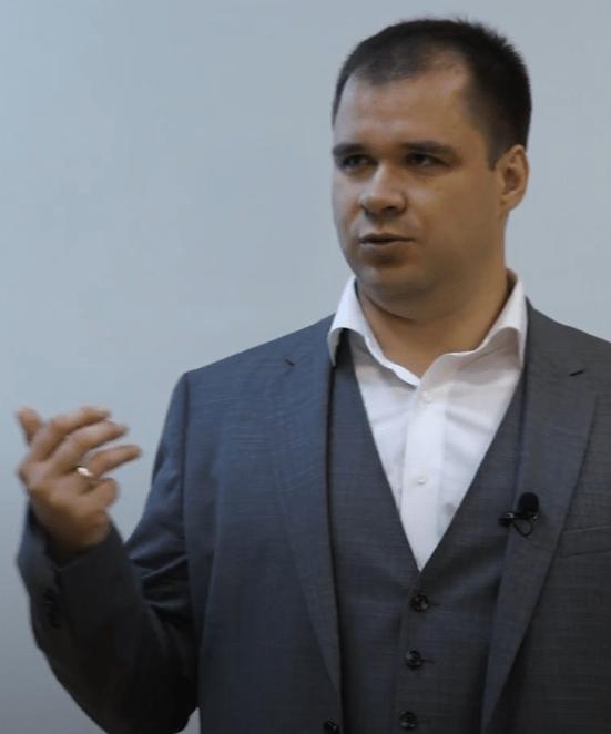 Алексей Дебелов, партнер FP Wealth Solutions
