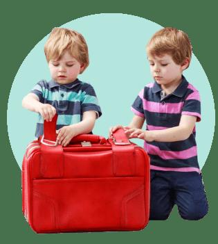 дети чемодан