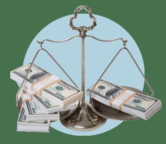 Весы с деньгами