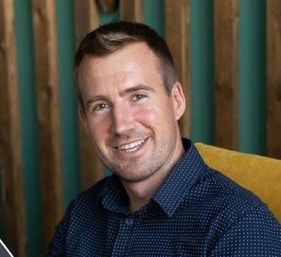 Валентин Сидоров, бизнес-тренер, предприниматель. Ведущий страницы «Инвестиции Финансы Накопление» в Instagram