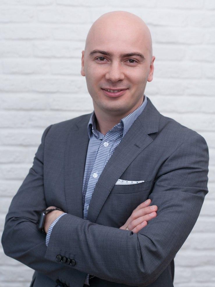 Мурат Хабаху, руководитель направления по работе с клиентами финансовой компании «Факторинг ПЛЮС»