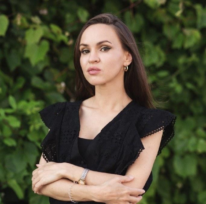 Виктория Соколова — профессиональный астролог.