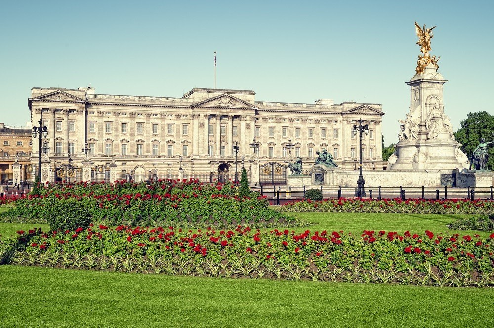 Букингемский дворец, Лондон, Великобритания: 5 млрд долларов
