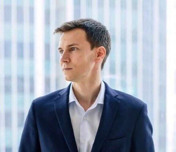 Василий Алексеев, генеральный директор образовательной компании Like Центр: