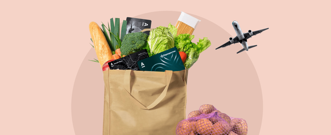 Как сэкономить в путешествиях и на еде. Сравниваем дебетовые карты Альфа-Банка