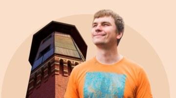 Восемь лет и 10 миллионов, чтобы переехать. Как житель Томска строит дом в водонапорной башне