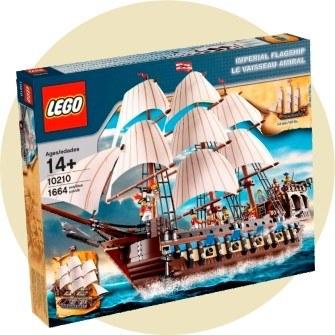 10 место: Трехмачтовый имперский флагманский корабль — 1 664 детали