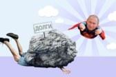 Путин запретил кредиторам отнимать у должников минималку: как работает новый закон